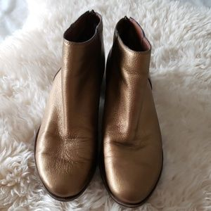 Lucky brand metallic gold ankle booties